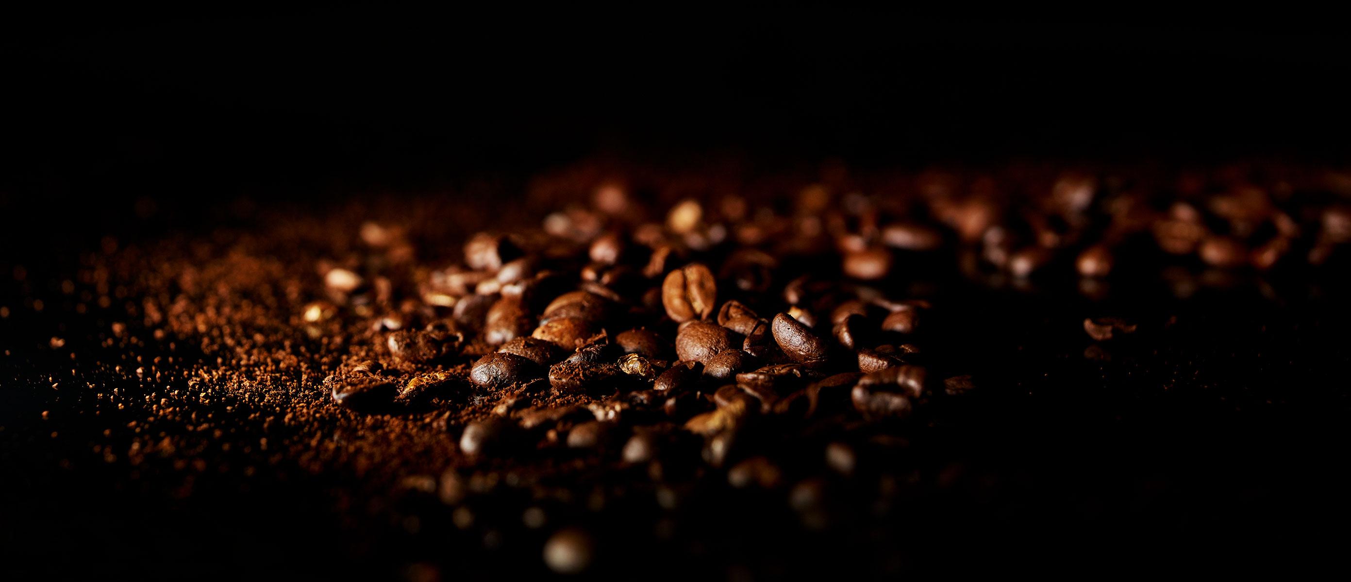 BARISTA-ITALIANO6497-coffee-grains