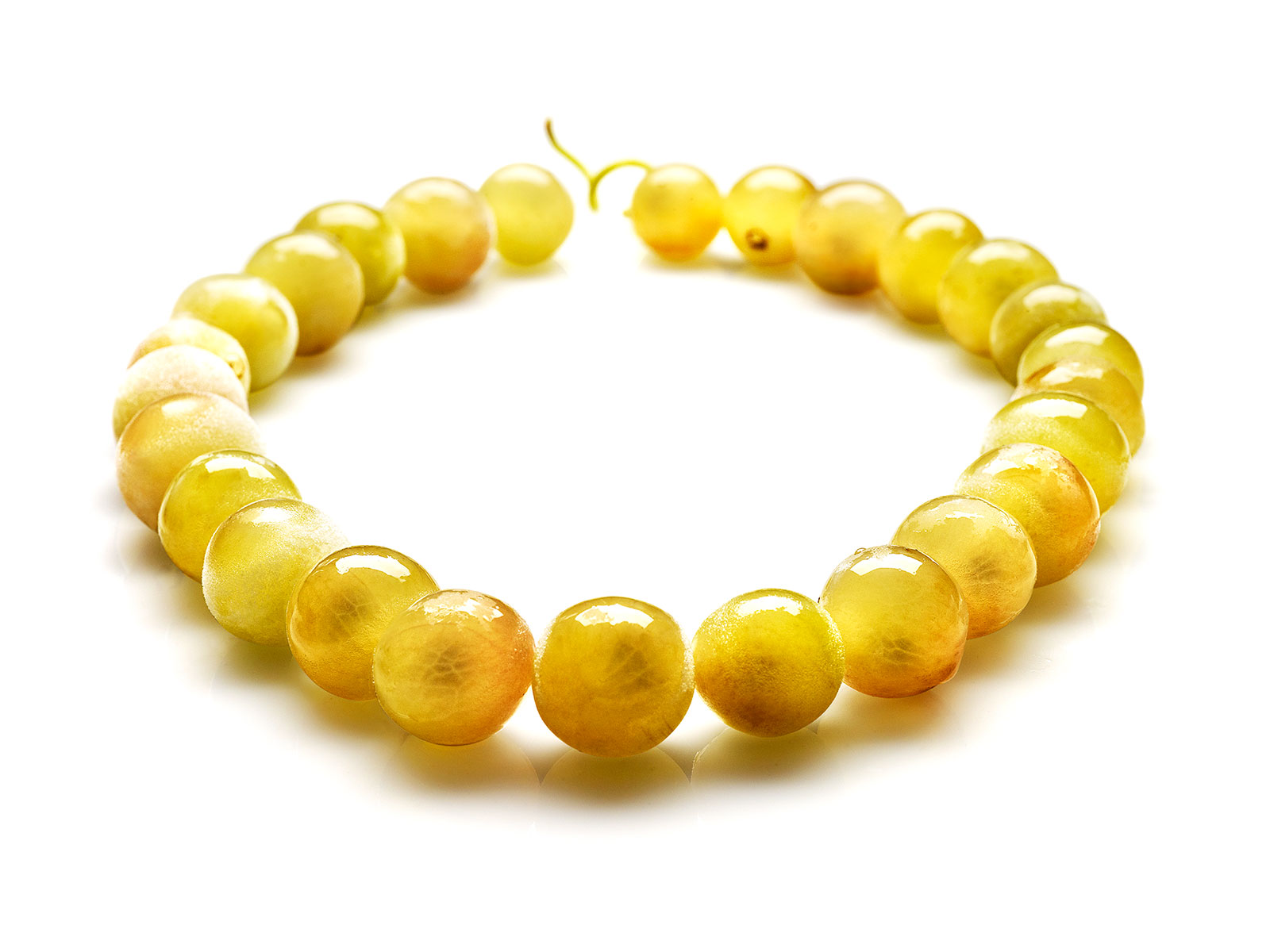 FIPC_Grapes-Necklace_MAJO